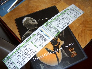 Gilmour_tickets