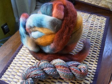 Opals_and_topaz_skein_and_roving